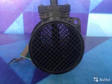 06A906461M Датчик массового расхода воздуха audi
