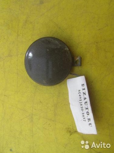 64080 Заглушка буксировочного крюка бампера передн