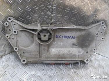 1K0199369G, Подрамник передний VW Jetta 5