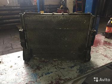 BMW 3 E46 3D Радиатор двигателя